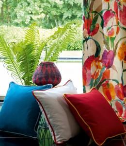 Raibi dekoratīvie spilveni